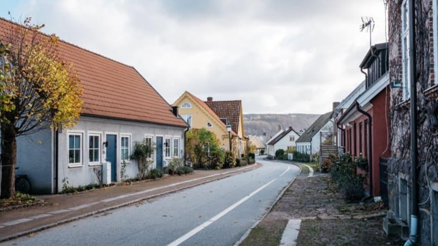 Sett till snittet i landet får man ca 115 000 kronor mer för sitt hus om det har bergvärme.