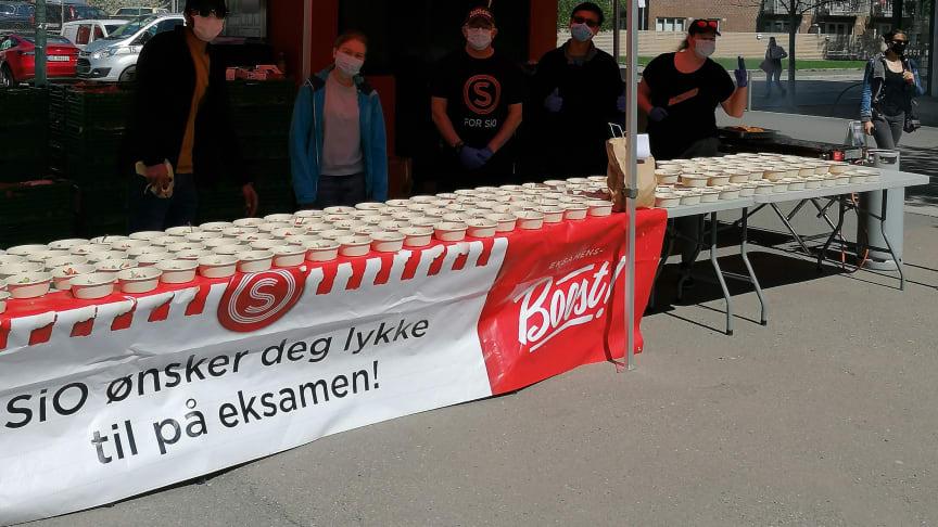 SiO Mat og Drikke eksamensbooster studentene!