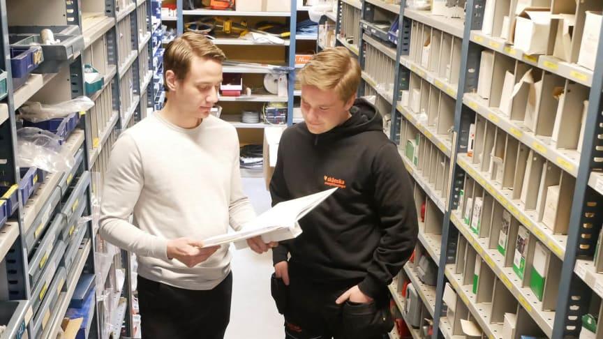 Robin Andersson arbetar som projektingenjör på Skånska Energi. Ett jobb mycket variation, vilket uppskattas av Robin.