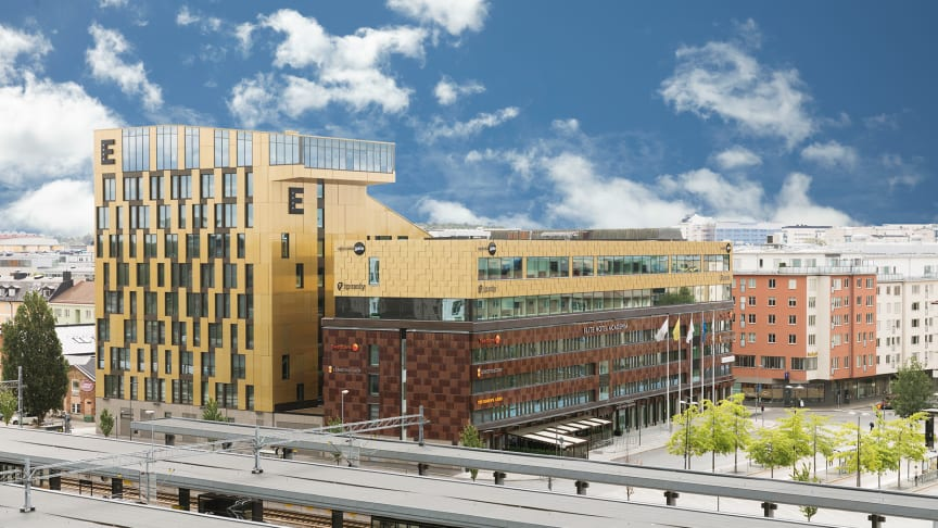elite-hotel-academia-fasad-webb.jpg