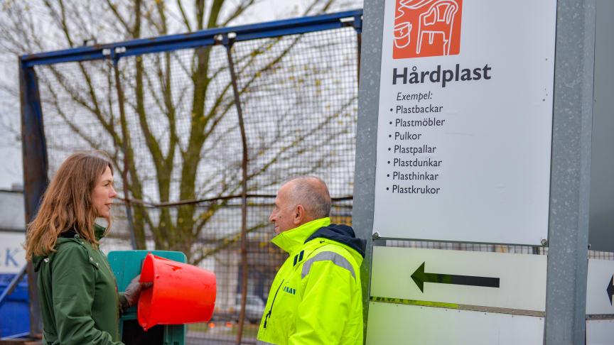 Containern för hårdplast på Norra Hamnens återvinningscentral i Malmö