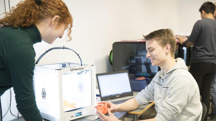 Når klokken ringer ind efter sommerferien bliver der 43% flere elever på Tradiums Tekniske Gymnasium, hvor interessen for IT- og Bioscience er stor.