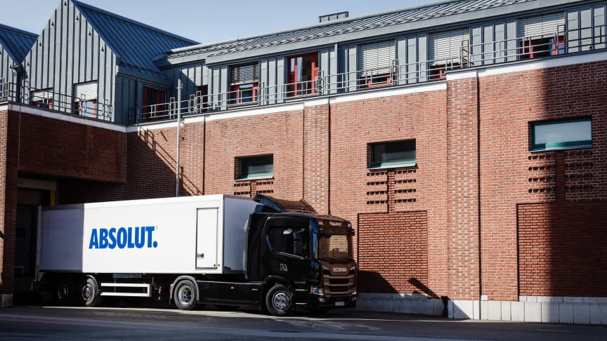 De nya fordonen är Scanias nya lastbilsgeneration av elfordon, med både bättre prestanda och längre räckvidd