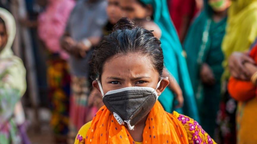 COVID-19-pandemin är en tydlig påminnelse om hur vi måste se bortom inkomst för att tackla fattigdom i alla dess former. Foto: UNDP Bangladesh/Fahad Kaizer