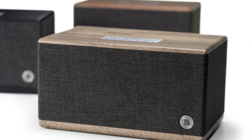 The BT5 speaker from Audio Pro comes in 3 different colours.