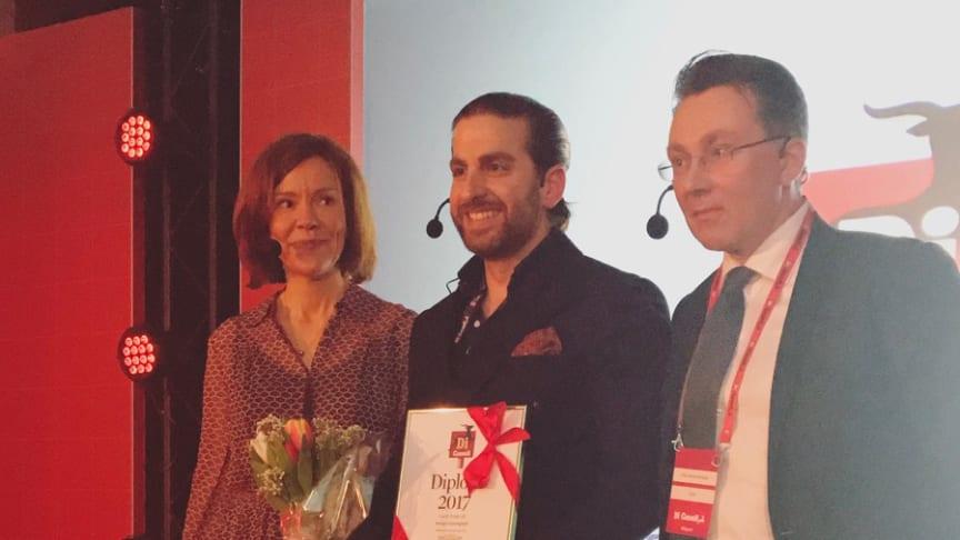 Candy Peoples VD Jacob Youssef var på plats och tog emot priset