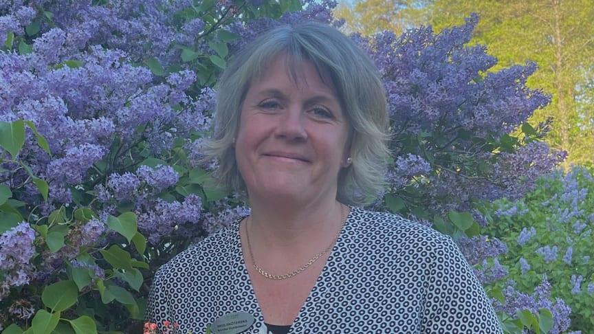 """Annika Gustavsson är vinnare av """"Trans-ver-sal- stipendium"""" och ska nu skriva en artikel om hur stipendiet används i verksamheten, i tidningen Skolhälsan."""