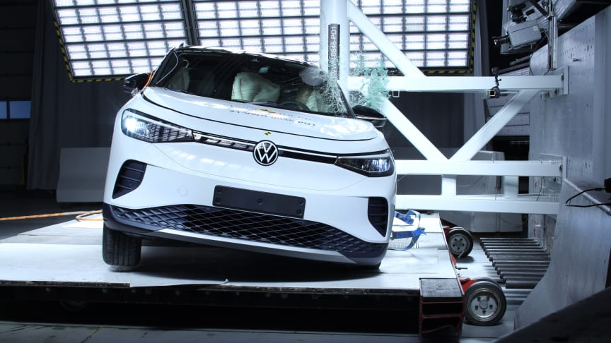 The VW ID.4 in the Euro NCAP side pole impact test
