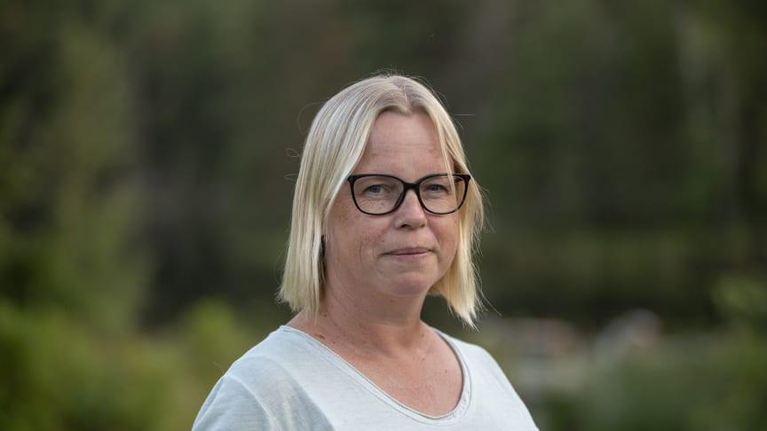 Veronica Gårdestig, ordförande i Ekenryttarna, uppskattar gemenskapen i ridsporten. Foto: Roland Thunholm
