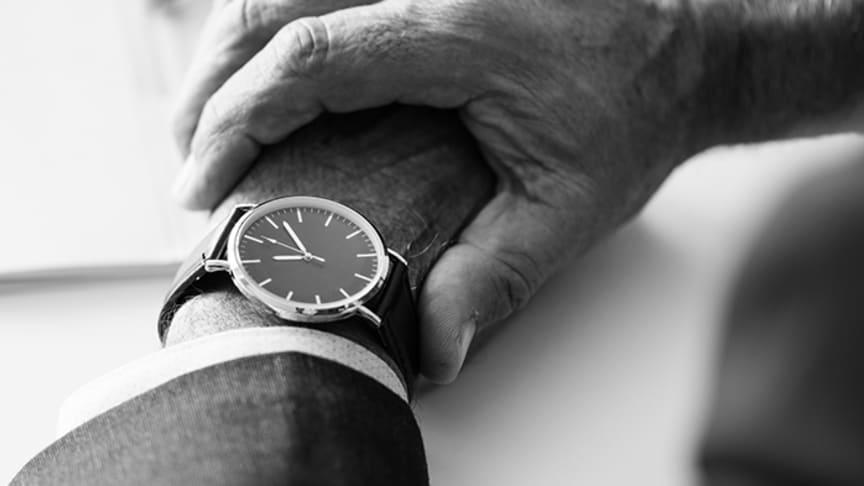 Politikerna lovar kortare väntetider men för prostatacancerpatienter händer mycket lite