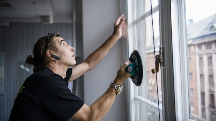 Grundels omvandlar befintliga 2-glasfönster till energieffektiva 3-glasfönster - utan att byta ut fönstren!