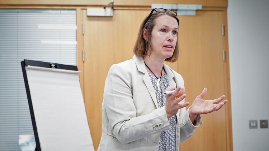 Katherine Cash var en av talarna när IPPFoRB Academy bjöd in riksdagledamöter från hela världen för att nätverka och lära sig mer om religions- och övertygelsefrihet digitalt i år och i Oxford 2019. Foto: IPPFoRB