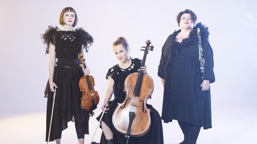 Kv.Arken – Annika Jessen, klarinett,  Elina Nygren, viola och Anna Thorstensson, cello – kommer till Palladium Malmö 22 maj.