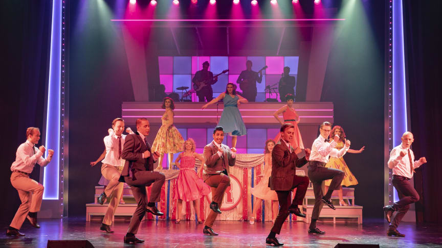 Musikalen Grease från Nöjesteatern - nu på Sverigeturné!