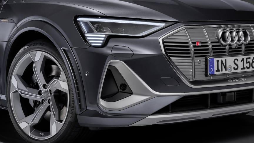 Audi e-tron S Sportback med digitale matrix LED-forlygter