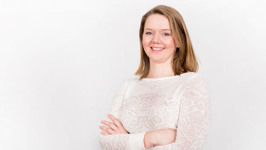 BANER VEI: Lillian Røstad ble for andre år på rad kåret til en av landets fremste teknologikvinner. Foto: Hanne Kristine Fjellheim / Sopra Steria