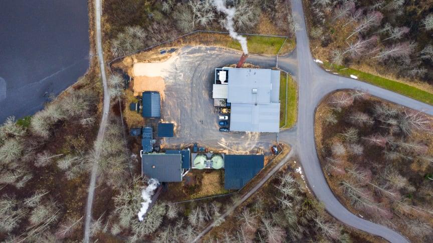 För att trygga leveransen av fjärrvärmen till kunderna i Nora har Solör Bioenergi investerat i en ombyggnation av fjärrvärmeledningarna i Nora. Foto: Finemanget