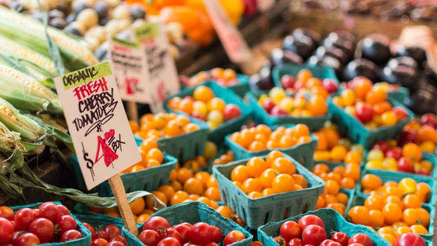 Consumers across the world increasingly seek fresh, high-quality products. (Photo by Anne Preble on Unsplash)