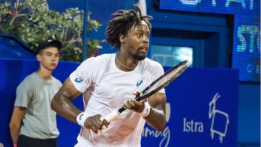 Världsstjärna anlitar svensk tennistränare