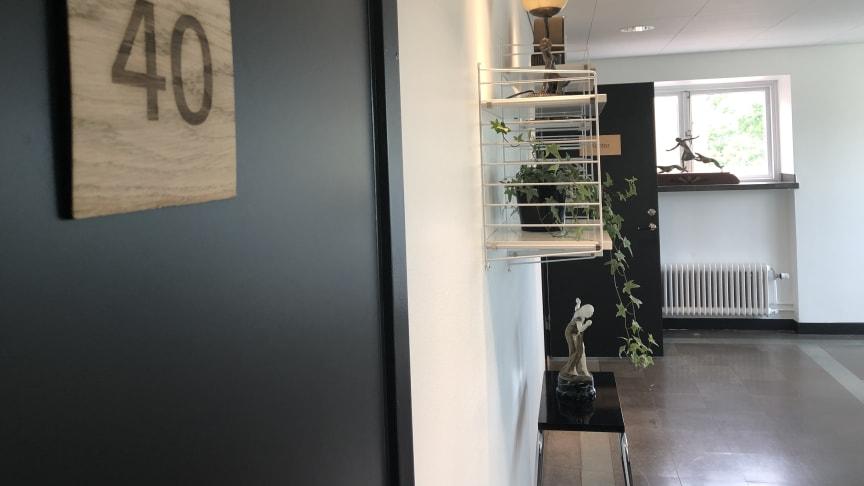 Hotell Kristina har under sommaren renoverat bland annat trapphus och korridorer. Verksamheten är återigen öppen för hotell- och konferensgäster.