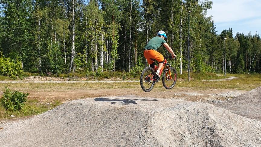 På lördag 31 augusti invigs pumptrackbanan i Ånnaboda. Foto: Örebro kommun.