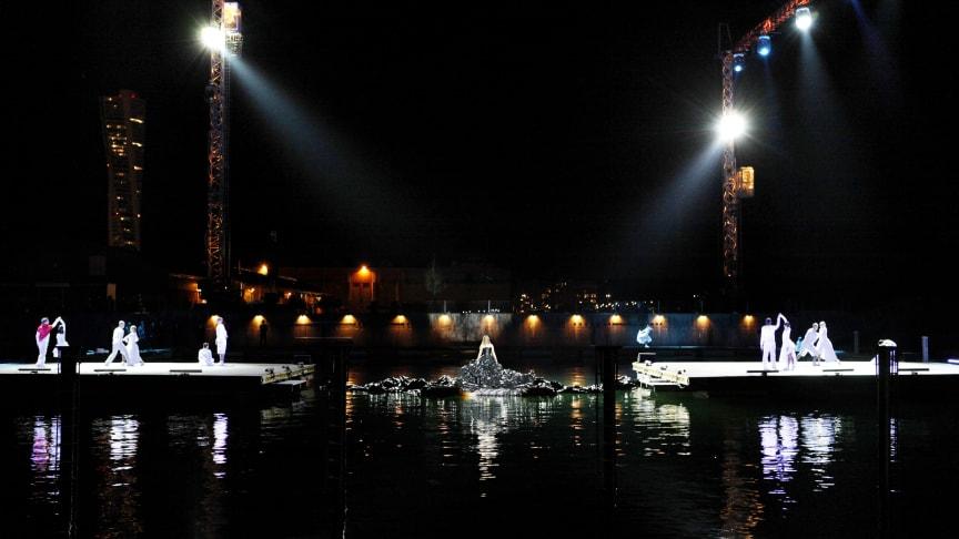 Dockplats 2010 – största produktionen i Skånes Dansteaters 15:åriga historia