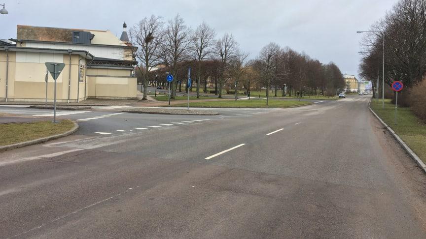VA-arbete på Österleden medför begränsad framkomlighet från Drottninggatan där trafikanter endast kan svänga höger ut på Österleden.