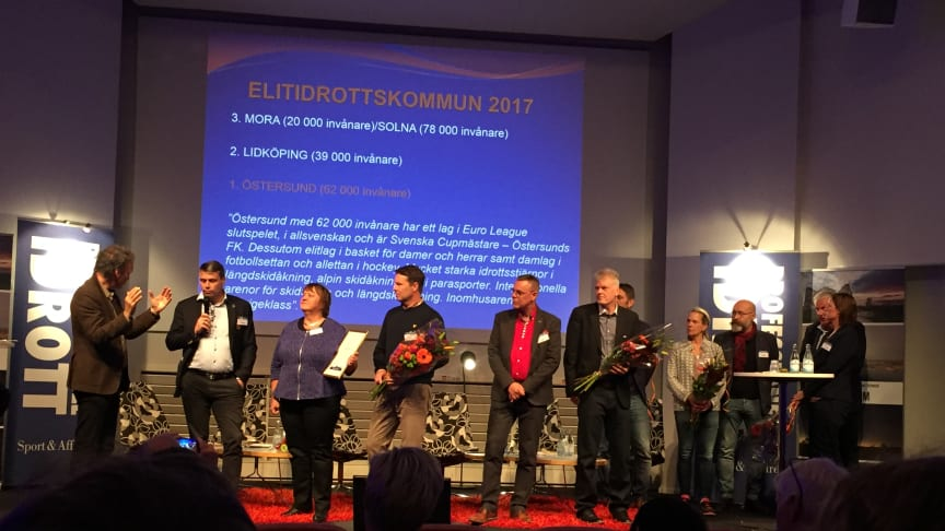 Lidköping på plats på scen tillsammans med Östersund, Mora och Solna