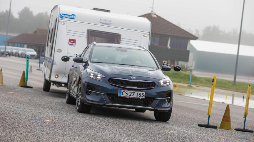 XCeed er en velafstemt crossover med gode køreegenskaber - én af de førende i segmentet. Den er retningsstabil, også ved kurvekørsel. Derudover yderst fornuftig prissat, 7 års garanti, og en helstøbt og velafstemt drivlinje - en komplet bil