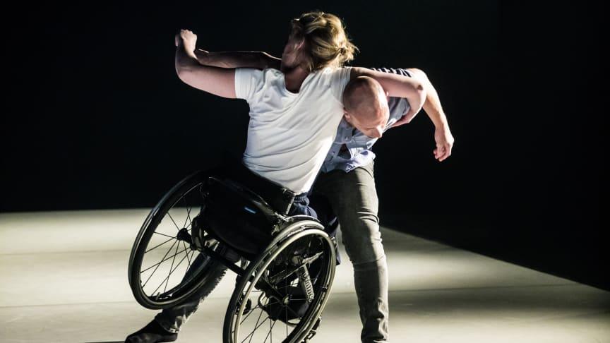 Hemlagat spelas i Karlskrona, Konserthusteatern, 18 feb. Lund, Lunds Stadsteater, 28 feb. Kristianstad, Kristianstad Teater, 9 mars.