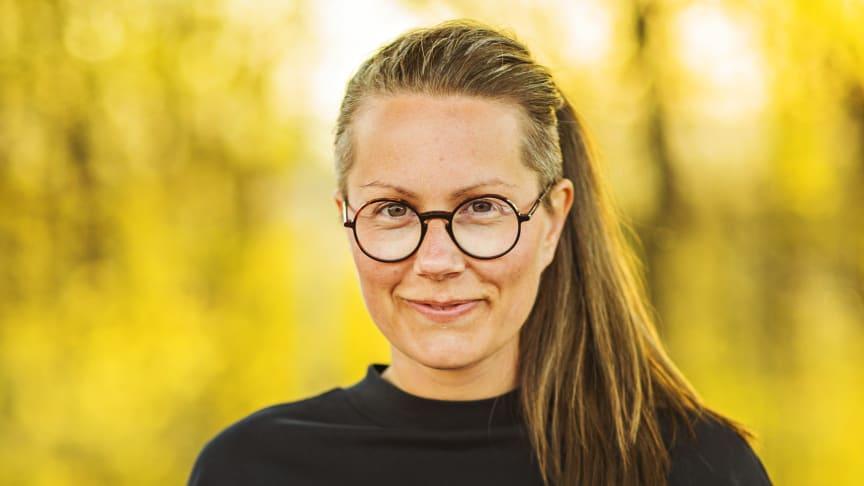 «Høgspenning livsfare» er Helene Guåker si fyrste bok på Samlaget. Foto: Iris Engen Skadal