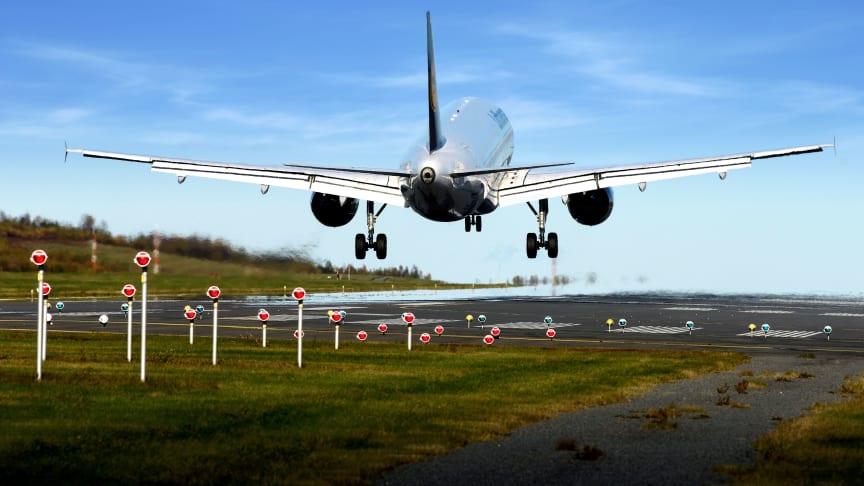 Något fler flygresenärer under oktober