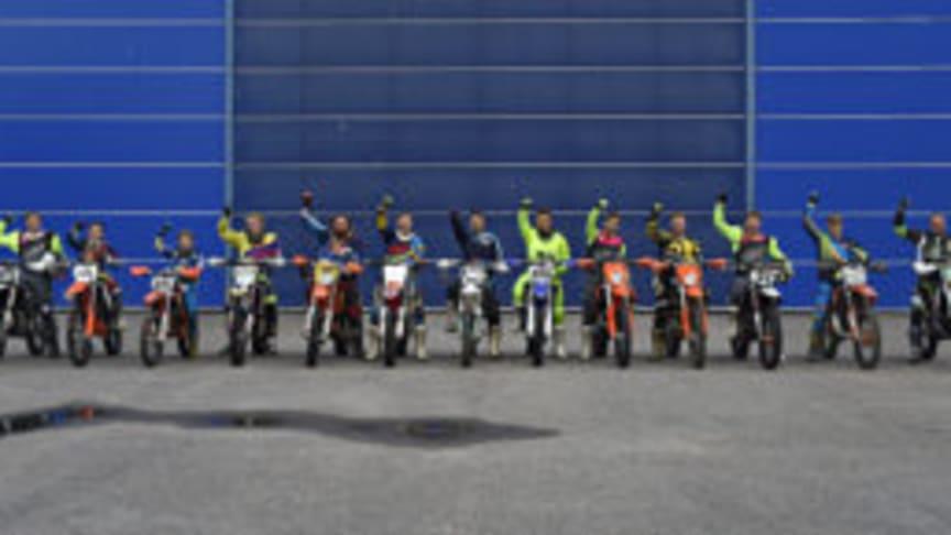Lokala förare som ser fram emot att delta i Hard Enduro tävlingen lördagen den 7/10
