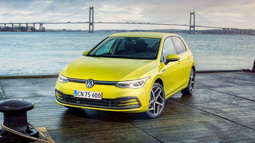 Den nye Golf 8 byder på et væld af innovative nyheder såsom eTSI-mildhybridmotorer og infotainmentsystemer, der er online.