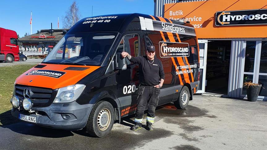 Hydroscands servicetekniker Christer Sjögeby
