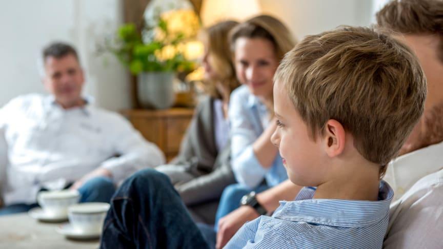 Regelmäßige Hörtests auch für Kinder und Jugendliche – gutes Hören ist von Geburt an Voraussetzung für eine ungehinderte Entwicklung der sprachlichen und kognitiven Fähigkeiten. Foto: FGH