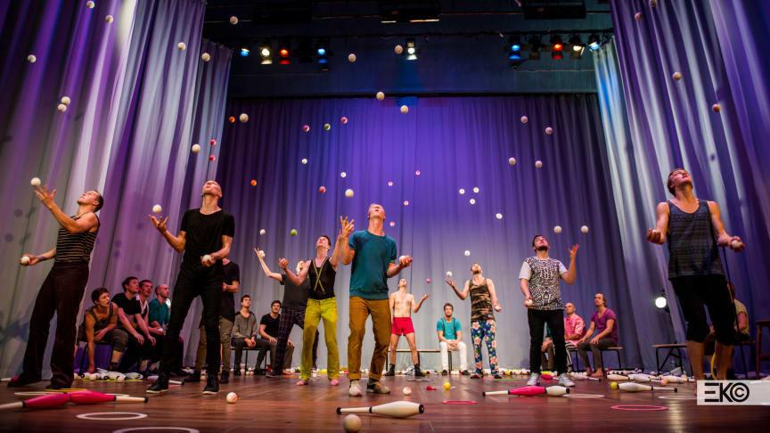 Center of Gravity – Jonglering i världsklass på Kristofferscenen_Foto: Einar Kling Odencrants