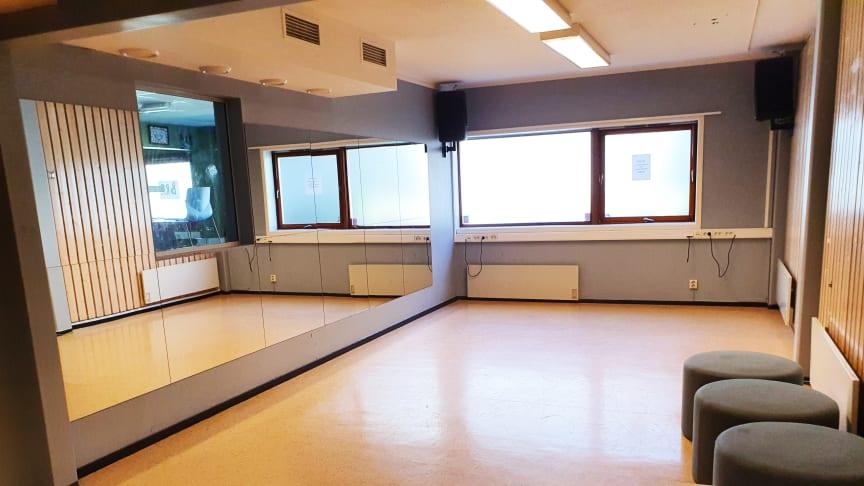 Dansesalen på Vestliklubben er et av bydelens lokaler som lånes ut til frivillige aktiviteter