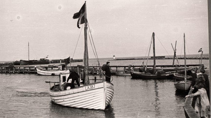 Et stykke sejlende Danmarkshistorie lægger til kaj ved Dansk Jødisk Museum