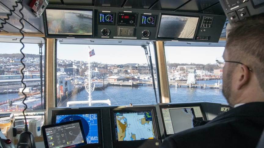 Kongsberg Maritime's Adaptive Transit system brings 'Bastø Fosen VI' safely alongside