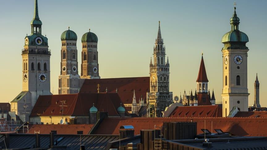 Munich Panorama towers downtown / © München Tourismus / F: Jörg Lutz