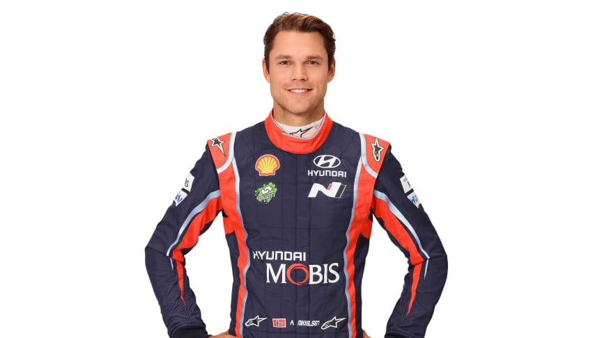 Andreas Mikkelsen er klar for å representere Hyundai i VM i rally.