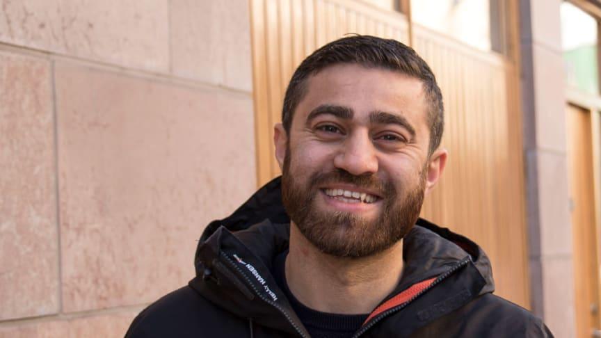 Rasti, gruppchef på fastighetsdrift, som anställde Omer