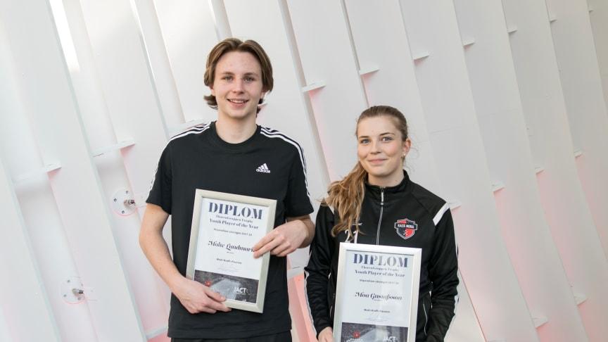 Malte Lundmark, IBF Falun, och Moa Gustafsson, KAIS Mora, blev årets stipendiater i ThorenGruppen och JACT Managements gemensamma pris Youth player of the year
