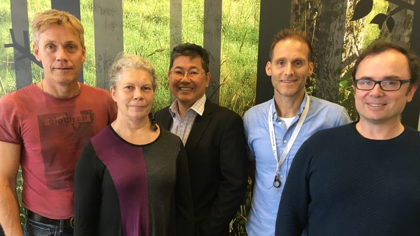 Christer Malm, Irene Granlund, Nelson Khoo, Anders Mannelqvist och Raik Wagner på Pro Test Diagnostics.