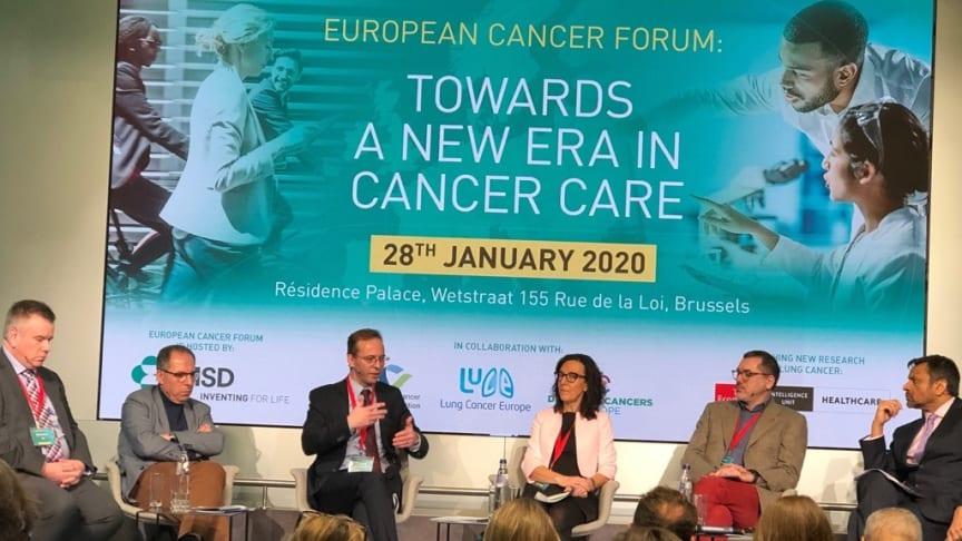 Framtidens behandlingar kräver digitala lösningar, insamling av utfallsdata. Framtiden är redan här, säger, Simon Ekman, Professor och överläkare i Onkologi vid Karolinksa universitetssjukhuset.