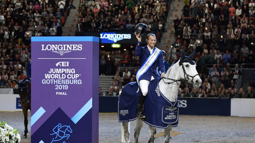 Peder Fredricson and Catch Me Not S wins the second round of Longines World Cup™ Final Photo: Tommy Holl