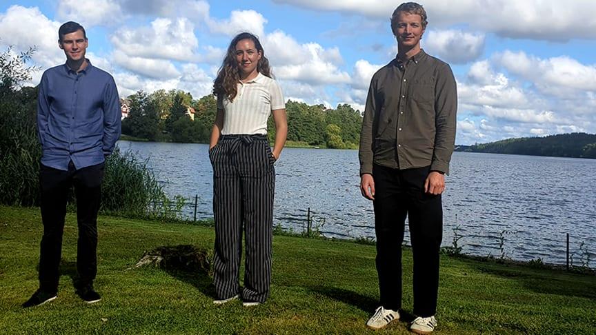 Jonathan Banister, Sofie Östrem och Alexander Nikonoff är alla tre nyutexaminerade och har sedan i augusti en tillsvidareanställning som produktionsingenjörer på Ragn-Sells.