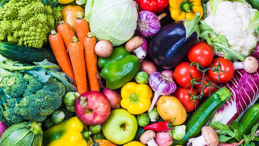 Varannan äter för lite frukt och grönt.