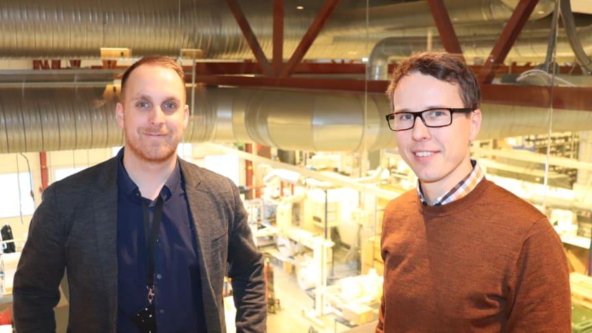 På kun fire måneder fikk Ellco Etikett redusert kundefordringene med over 80 prosent. Adm. direktør Christian Egedius (t.h) forteller at han er strålende fornøyd. Her sammen med Anders W. Lunde i INTUNOR Finance.